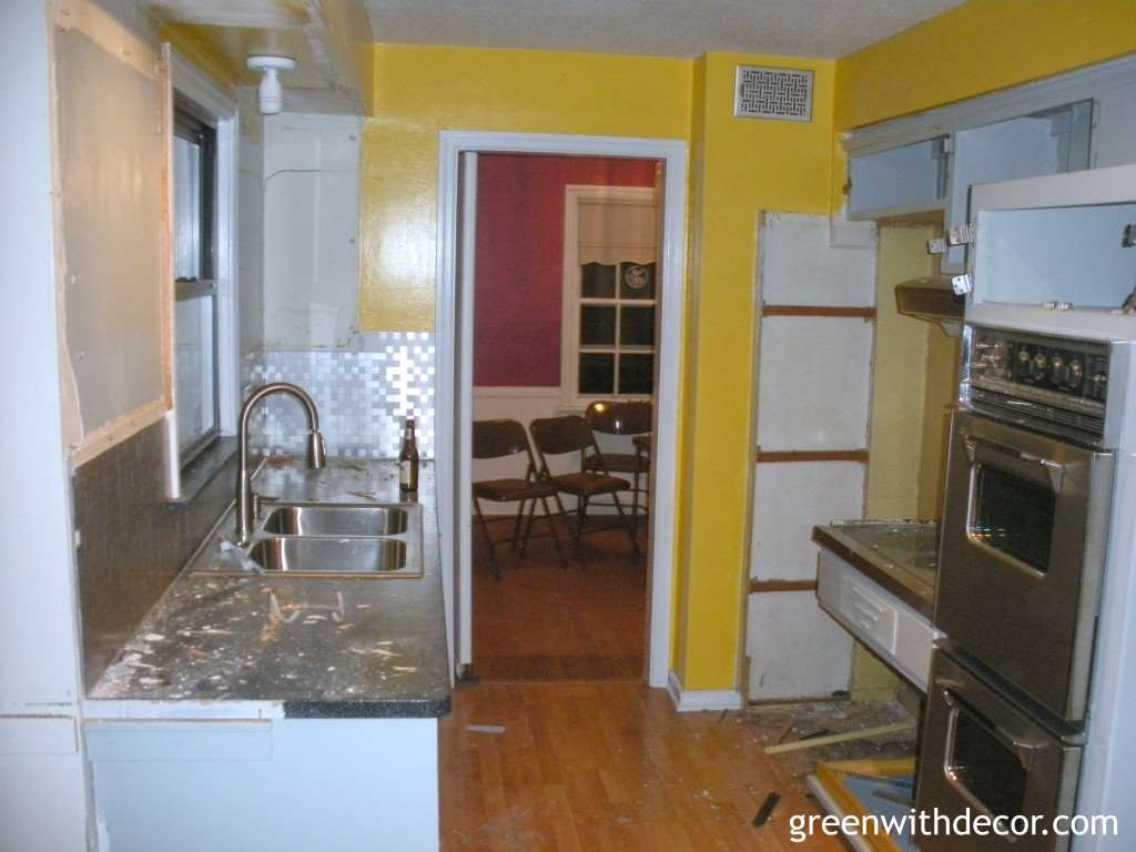 Green With Decor – Outdated kitchen renovation