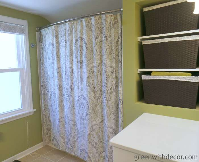 Renovated white and green bathroom reveal – so pretty! | Green With Decor