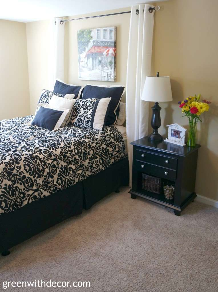 Green With Decor – Decorating the guest room