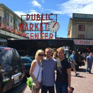 A great list of fun things to do in Seattle! Where to stay, where to eat and drink, what to do – this makes me want to plan a trip to Seattle!