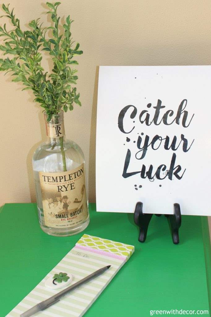 Catch your luck – a pretty printable. Work hard and make your dreams come true.