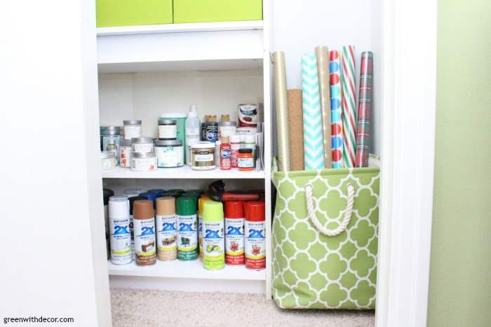 How to organize a craft closet without spending a dime. Love how this isn't a typical organized closet with perfect bins and labels, this is actually do-able! And on a budget!