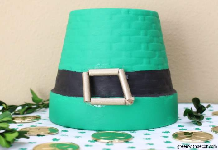 A St. Patrick's Day DIY: Make a leprechaun hat with an old flower pot and some paint. A fun holiday craft.