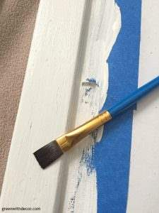 How to crackle paint with a heat gun. A fun DIY project with an old thrift store frame and a couple paint colors!