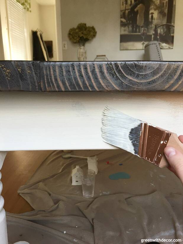 How to paint table legs with clay paint - an easy painting tutorial!