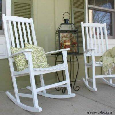 How to use a paint sprayer to give rocking chairs a new coat of paint. I had no idea using a paint sprayer was this easy, this tutorial is so helpful! I need to get a paint sprayer!