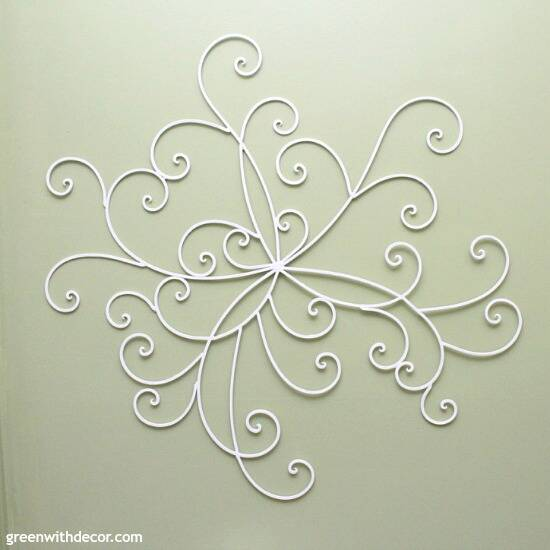 DIY wall decor: Update metal wall decor with some paint!