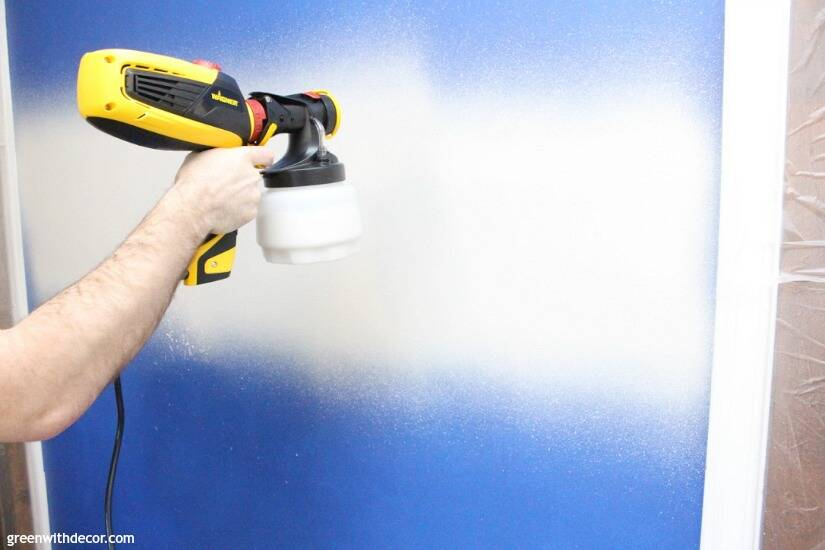 Wondering how to use a paint sprayer to paint walls? Use a FLEXIO paint sprayer to paint interior walls even faster! How smart, and that pre-taped masking film stops paint from getting everywhere - genius!