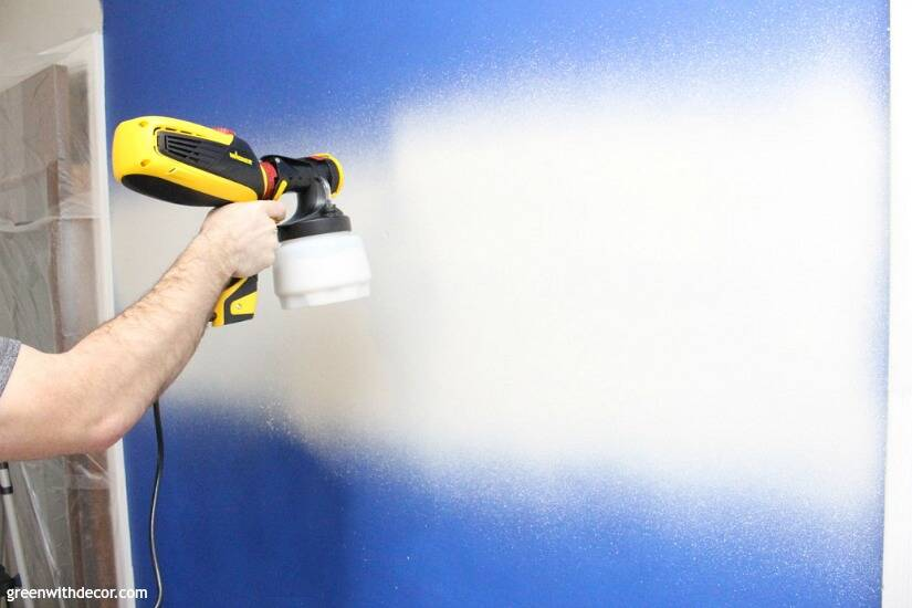 Wondering how to use a paint sprayer to paint walls? Use a FLEXIO paint sprayer to paint interior walls even faster! This is so smart, and that pre-taped masking film stops paint from getting everywhere - genius!