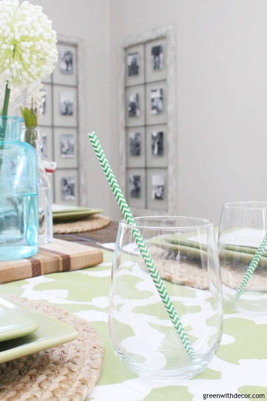 An easy aqua and green coastal tablescape - perfect for a spring dinner or Easter brunch! Cute touch to add green and white straws to the wine glasses!