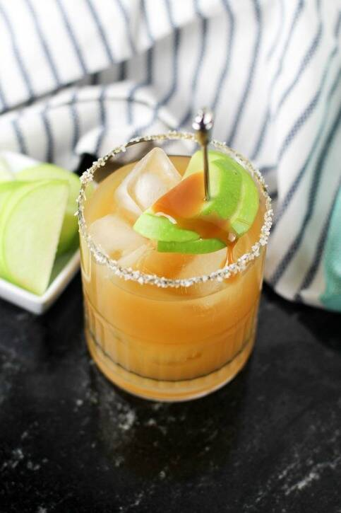 Salted caramel apple fall cocktail recipe