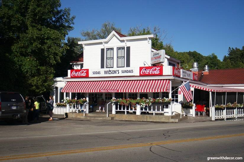 Restaurants in Door County – Wilson's Ice Cream Parlor
