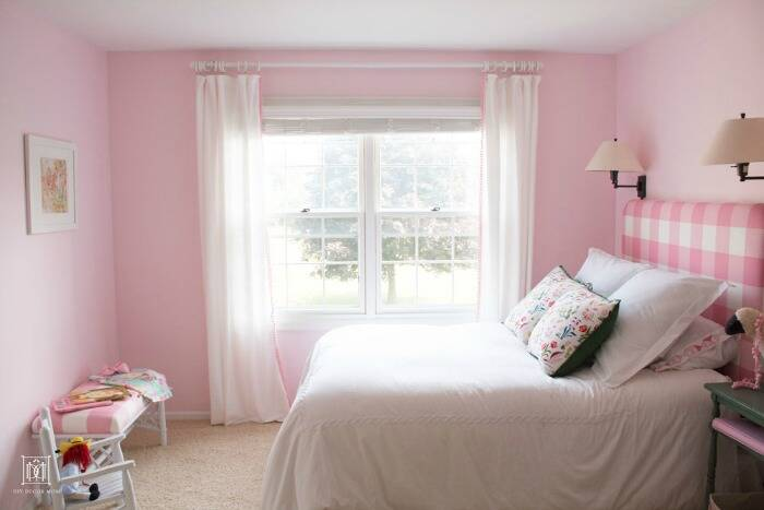 Girls' bedroom painted Romantic Pink by Benjamin Moore