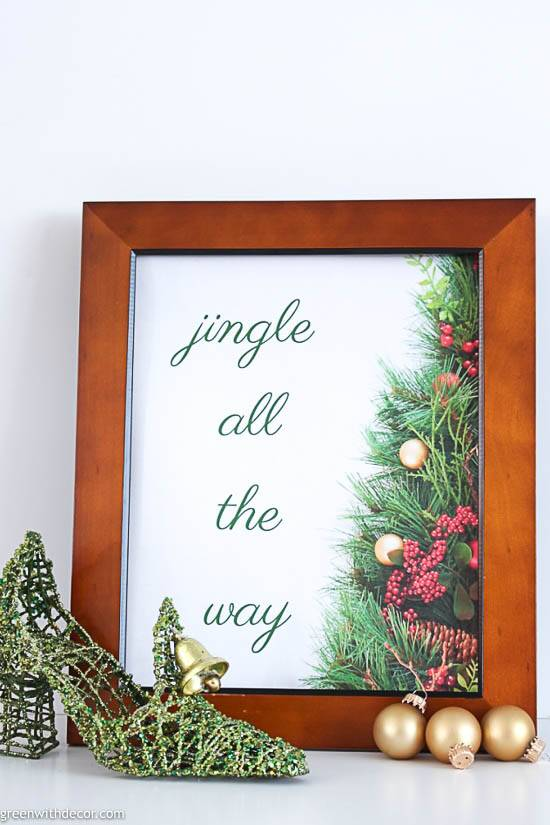 Christmas printable in thrift store frame