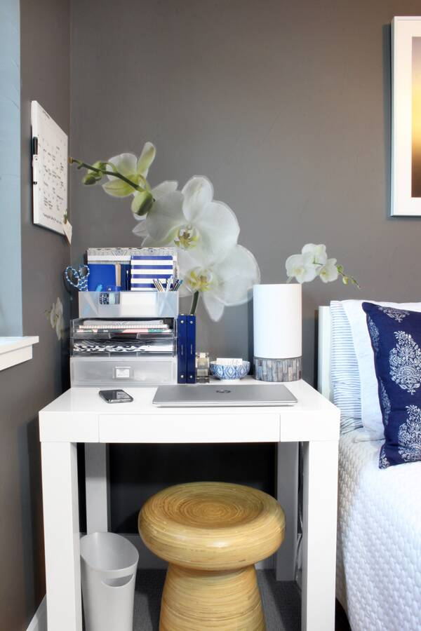 Blue I Style home office