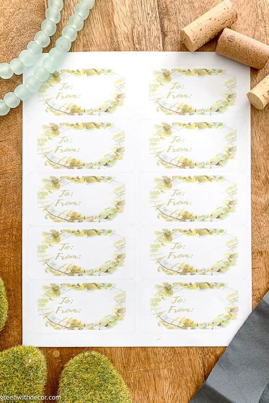 Free printable wreath gift tags